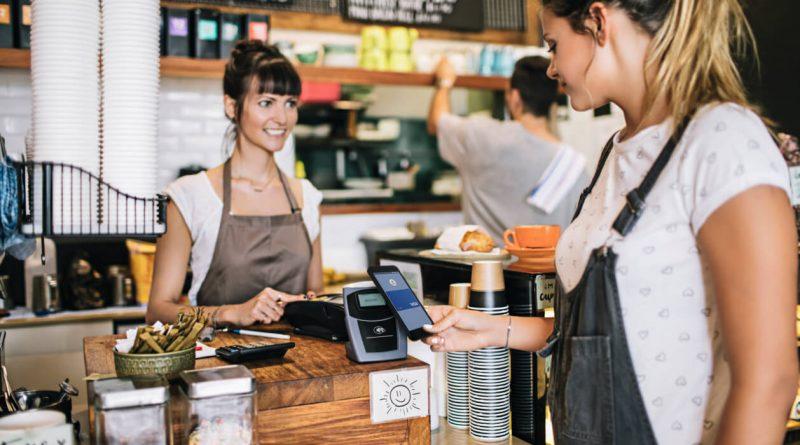 Проучване: потребителите предпочитат да платят данъците си на POS терминал