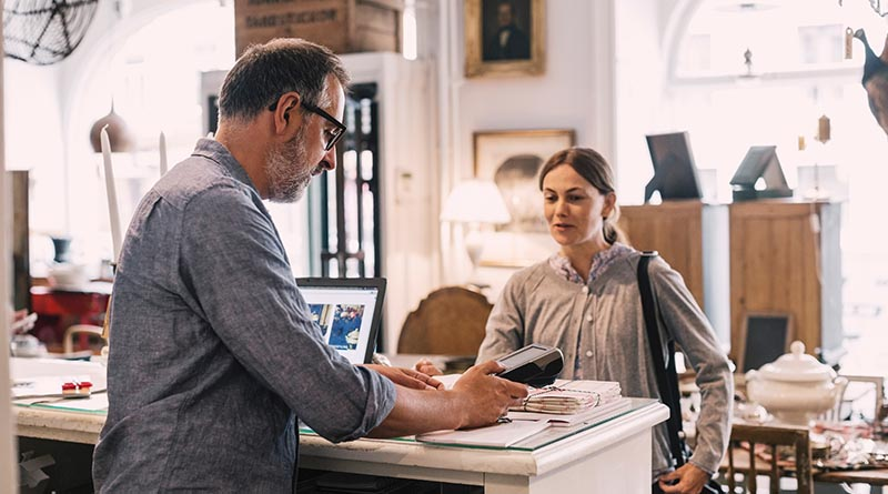 Mastercard увеличава лимита за безконтактно плащане без ПИН